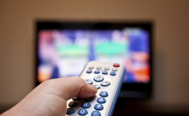 Мъжете изгарят повече калории дори пред телевизора