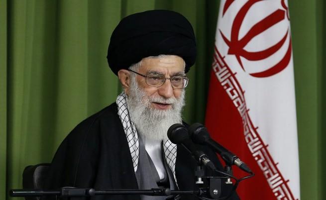 Върховният духовен лидер на Иран аятолах Али Хаменей