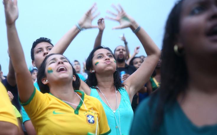 Феновете на Бразилия искат загуба от Чили