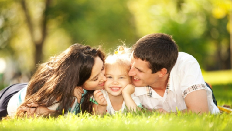 родител дете щастие