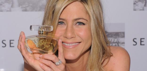 """Първият аромат на Анистън носи първото ѝ име """"Jennifer"""", a вторият - """"J by Jennifer Aniston"""""""