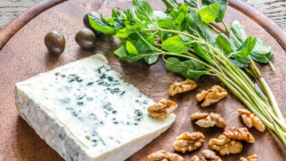 """Годишно в световен мащаб се произвеждат 18 хиляди тона сирене """"Рокфор"""""""