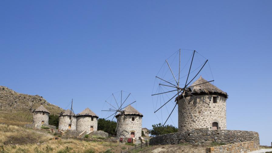 Гръцкият о-в Лимнос се е изместил с 5 см след труса през май