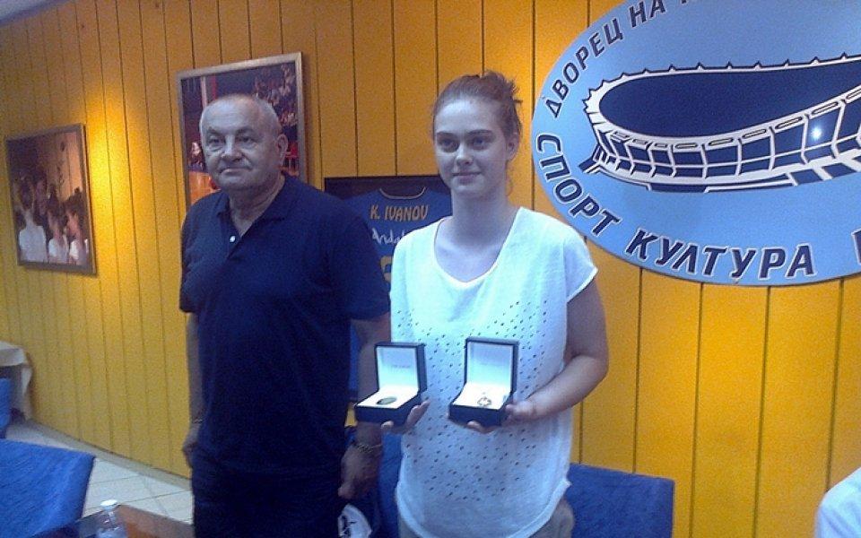 Баскетболистката Борислава Христова: Иска ми се да играя във Фенербахче