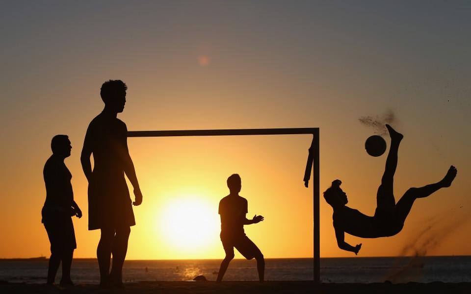 Гранд Про се подсилва с двама португалци за Шампионската лига