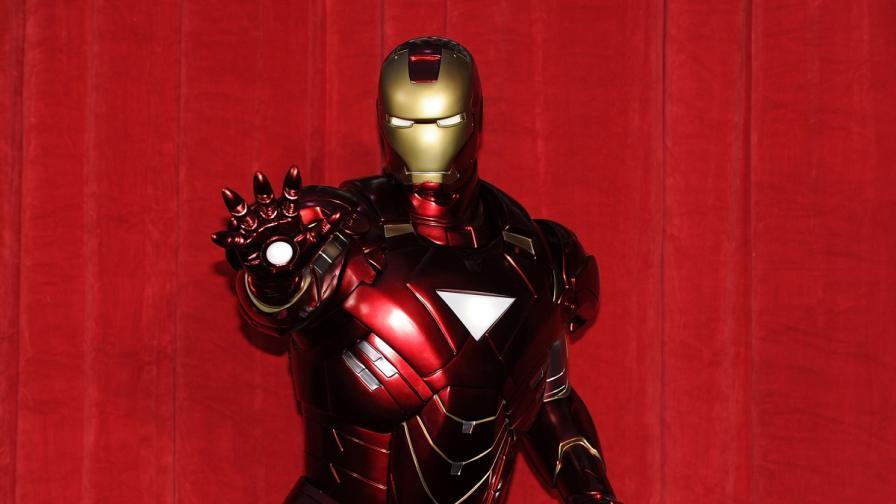 Мъж изработи костюма на Железния човек за 450 лири