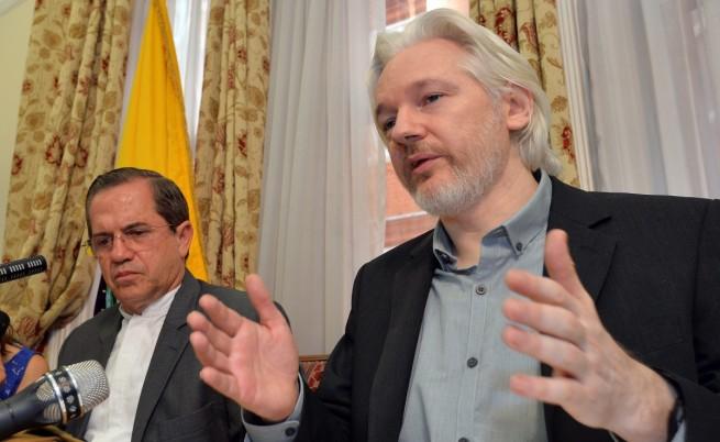 Асандж: Скоро напускам посолството на Еквадор
