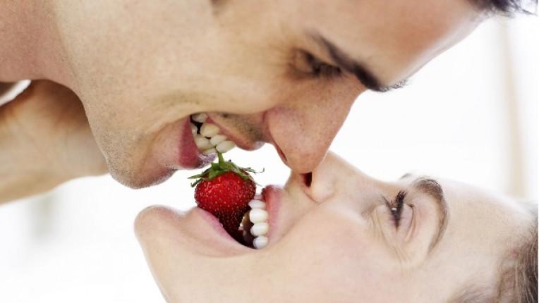 ягоди плод целувка мелба сладолед