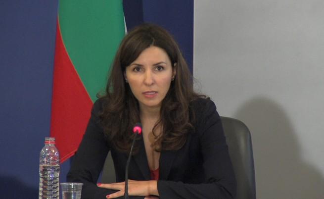 Цанова: 166 млн. лв. корекции по ОП заради обществени поръчки