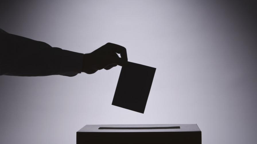 Кандидатите за НС са старите, но някои смениха партиите си