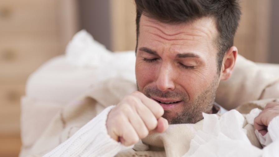 Бъдещ татко с диагноза сутрешно гадене, като на бременната му съпруга