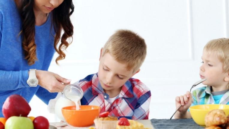 деца закуска дете родител храна
