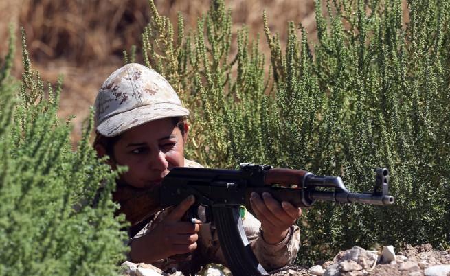 Сюлеймания жени войници иран