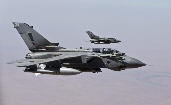 САЩ нанесоха нови въздушни удари срещу