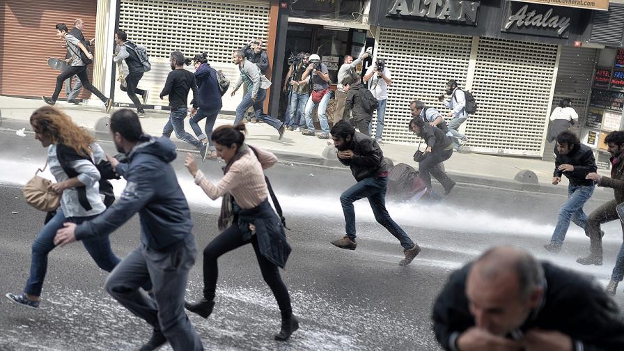 Кюрдски протести в Турция, Германия и Франция, има убити и ранени