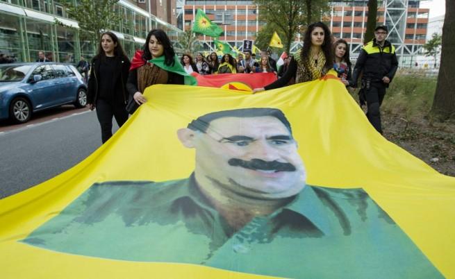 Турция бомбардира цели на ПКК