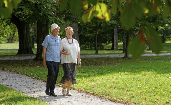 Евростат: Българите – самотни и застаряващи