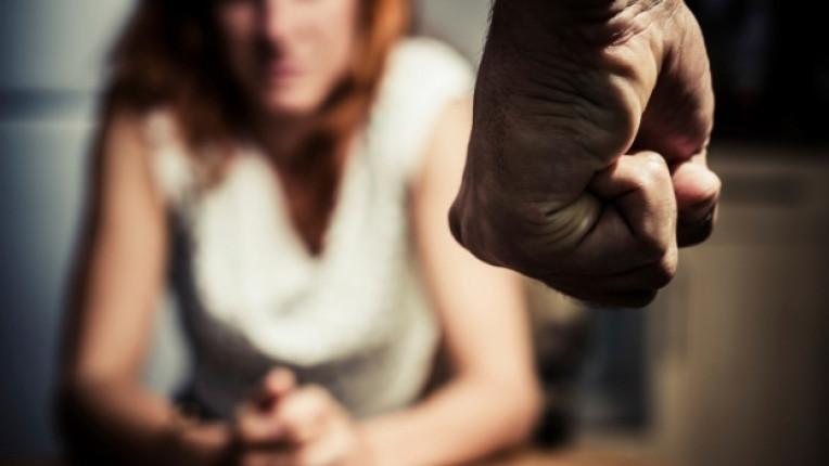 домашно насилие жена синина тормоз