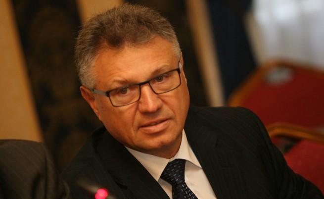 Шаламанов иска свикване на Съвета по сигурност заради съмнения за българи в