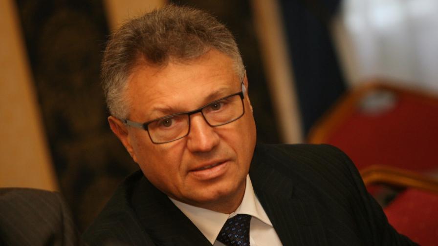 """Шаламанов иска свикване на Съвета по сигурност заради съмнения за българи в """"Ислямска държава"""""""