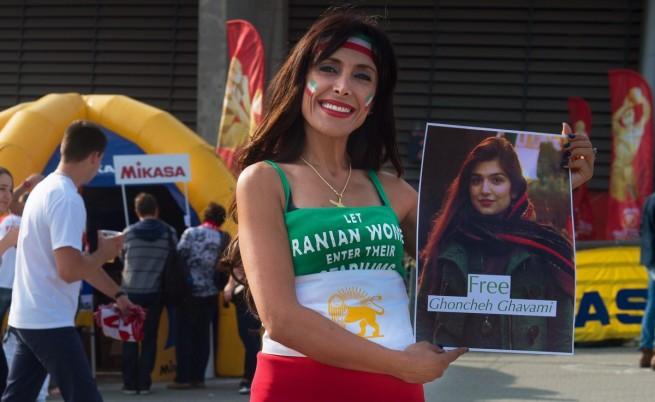 Иран: Затвор за жена, отишла на волейболен мач