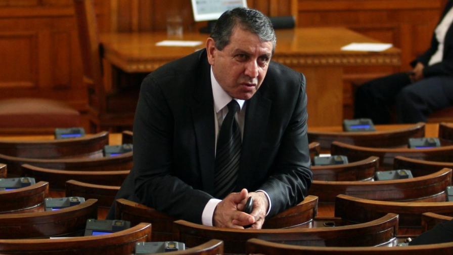 Депутатът Бат Сали отива на съд