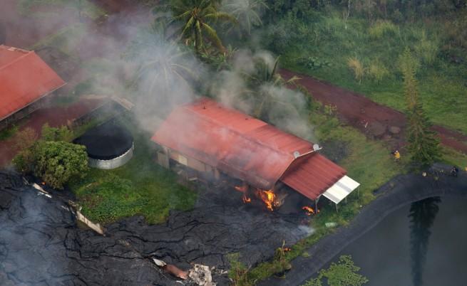 Лавата от Килауеа разруши първи дом в Хавай