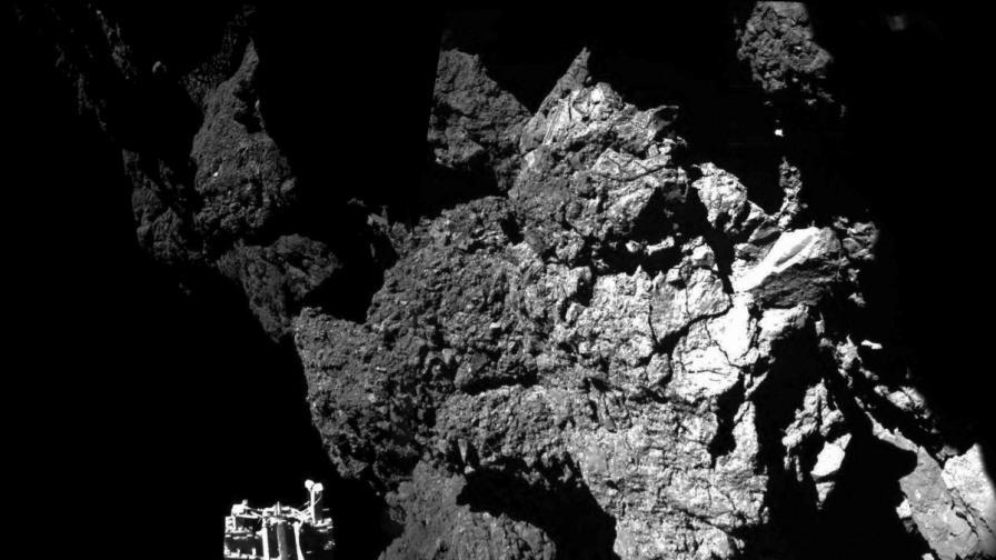 """Три добри новини за """"Филе"""" и първата снимка от комета"""