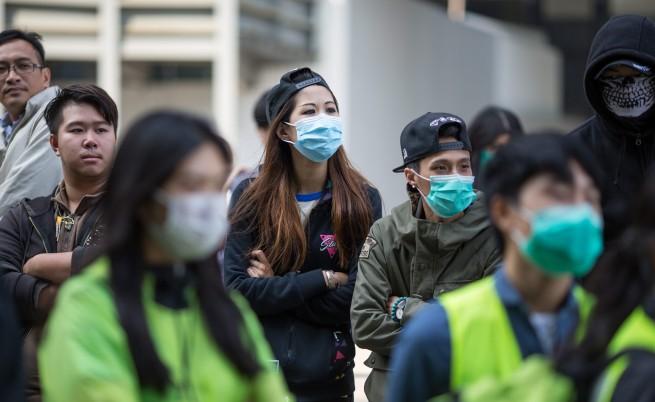Нови сблъсъци между демонстранти и полиция в Хонконг