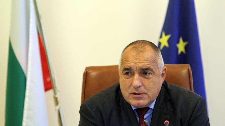 Борисов: Няма да търсим спокоен пристан за Иван Искров