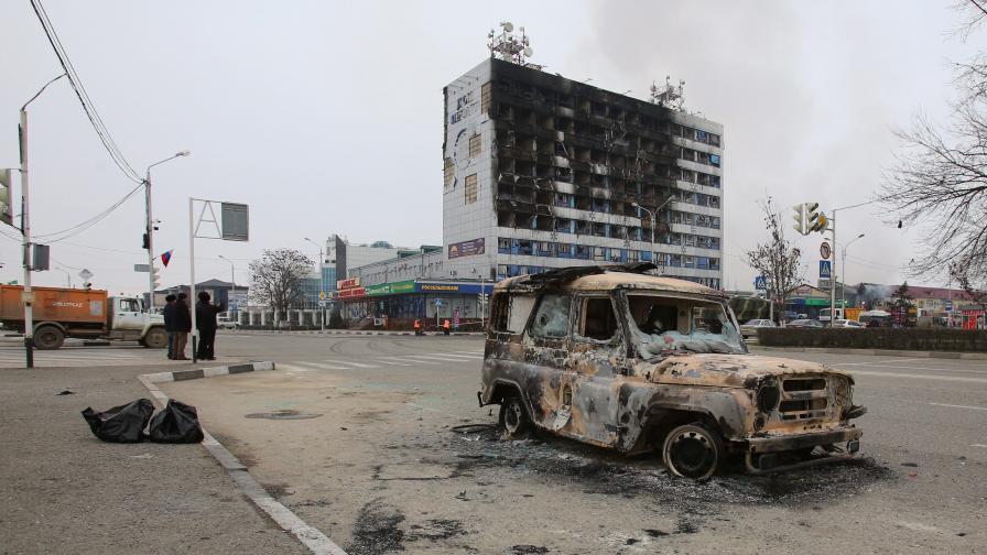 Полиция и терористи се биха в Грозни