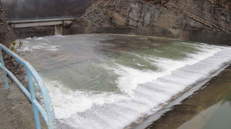 Властите готвят спешни мерки срещу наводнения