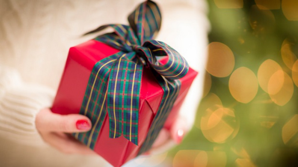 Коледни подаръци за майки