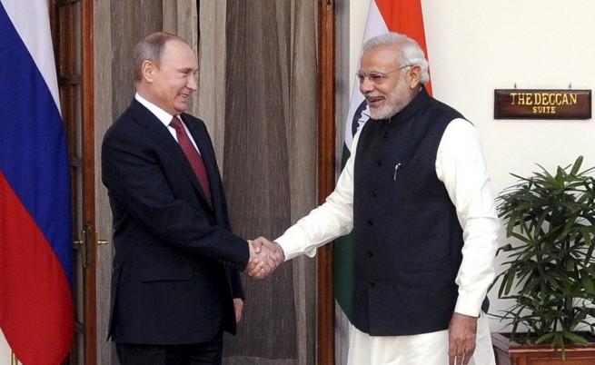 Русия ще достави 12 ядрени реактора на Индия