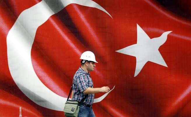 Минималната работна заплата в Турция ще стане 353 евро през 2015 г.