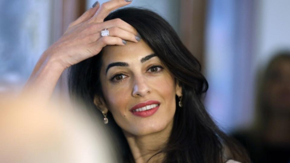 Освен като половинка на Джордж Клуни, Амал Аламудин е известна и като успешен юрист в областта на правата на човека