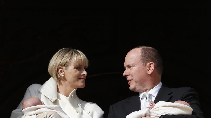 Принцеса Чарлийн, принц Албер и близнаците им Жак и Габриела