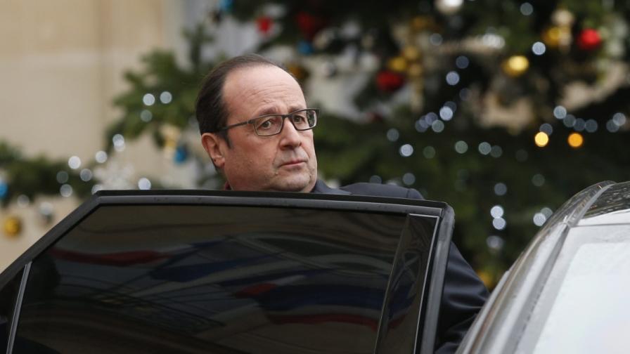 Оланд обяви 3-дневен траур, парижката полиция извършва обиски