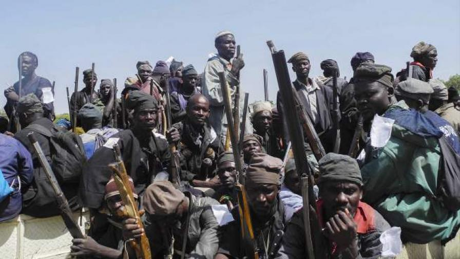 Момиченце-камикадзе уби 18 души в Нигерия