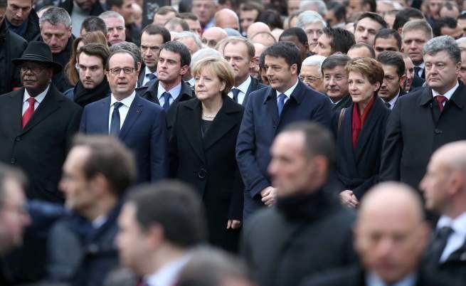 Световните лидери по време на марша