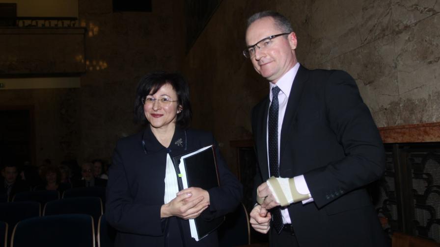 Павлина Панова и Лозан Панов (вдясно)