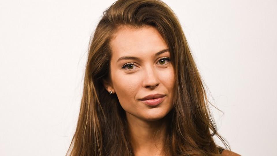 Честит рожден ден на чаровната Никол Станкулова!