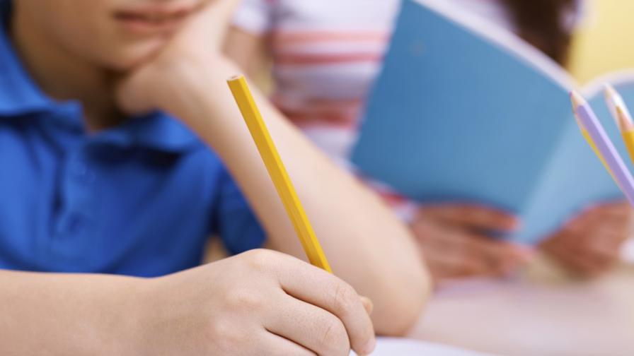 """Над 1300 деца ще учат в академия на """"Заедно в час"""""""