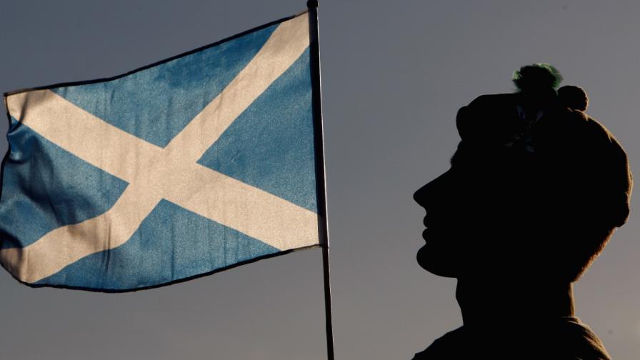 Шотландия се отдели от Великобритания, макар и само в интернет