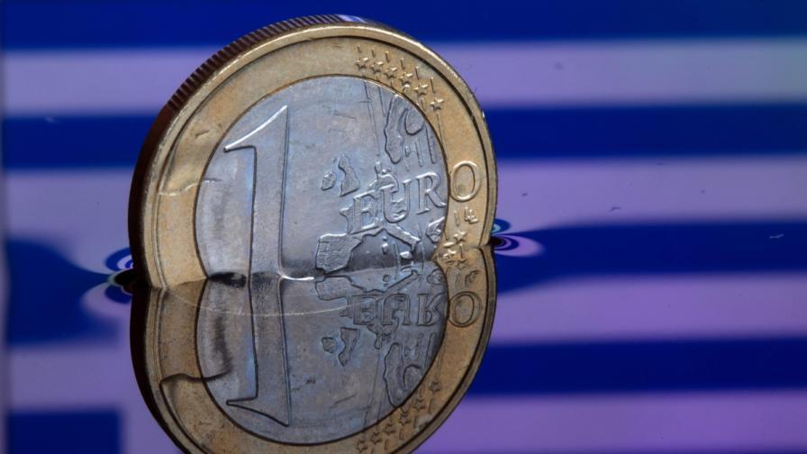 """""""Стратфор"""": Отвъд гръцката безизходица"""