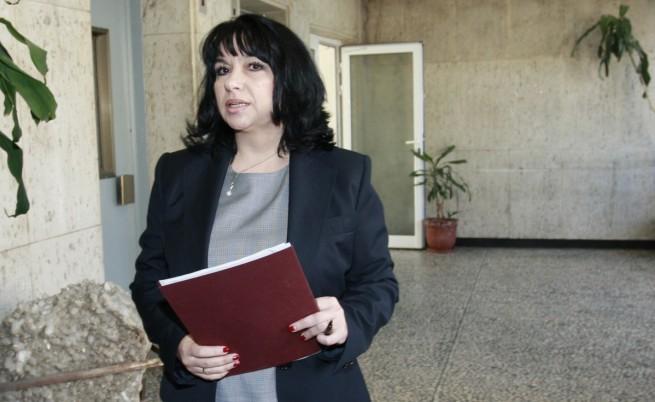 Т. Петкова: Целта ни е до края на 2015 всеки да може да избира доставчик на ток