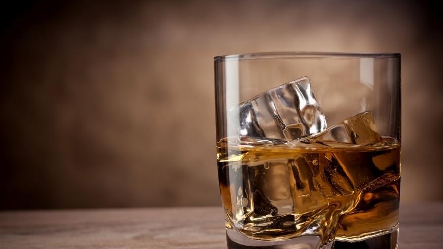 Алкохол на прах породи полемика в САЩ