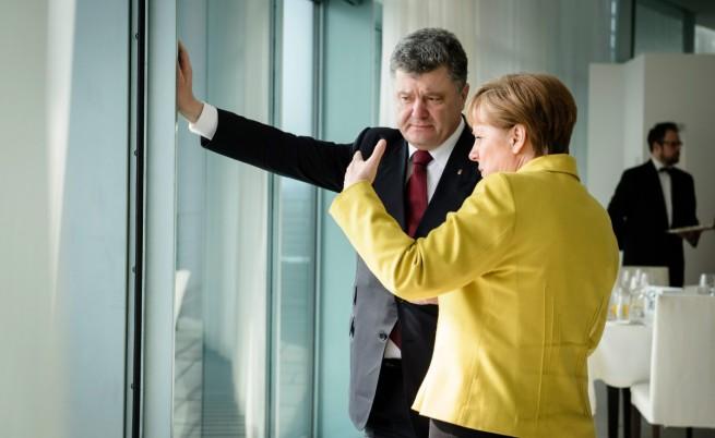 Меркел предупреди за нови санкции срещу Русия