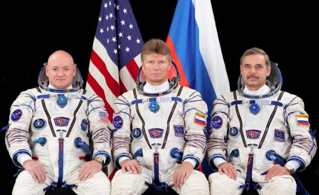 Едногодишен престой на астронавти в космоса е подготовка за бъдеща мисия до Марс