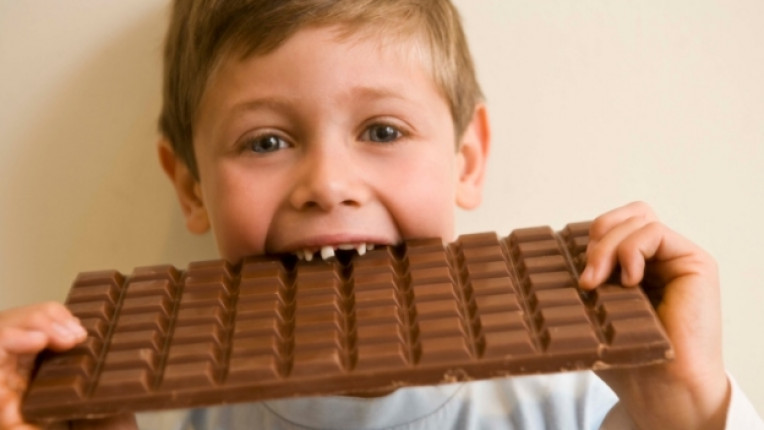 дете сладко шоколад